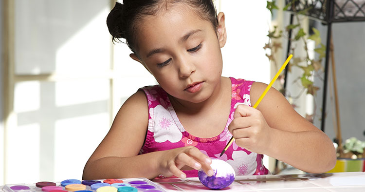 Make sure your little ones have the best Easter with fun kids' games and crafts.